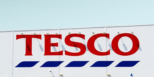 FTSE rises but Tesco falls as 'big four' lose market share