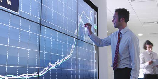 Loys senkt Investitionsquote um bis zu 10 Prozentpunkte wegen hoher Bewertungen