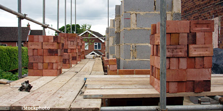 House builders jump as chances of 2014 rate rise wane