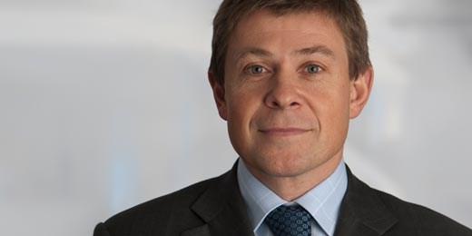 Stephen Pearson replaces Chatfeild-Roberts as Jupiter CIO