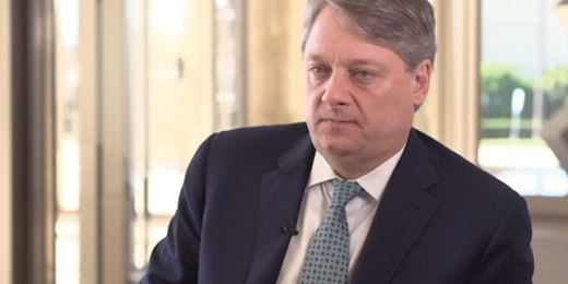 Pimco's giant Income fund suffers outflows