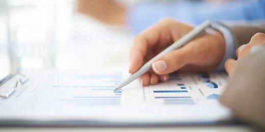 Skalis lagert Portfoliomanagement aus und nennt Fonds um