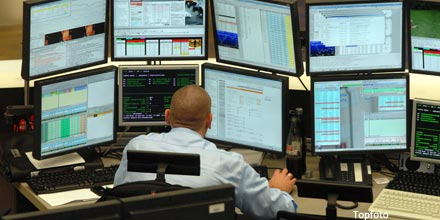 FTSE troops lower as Russia retaliates over sanctions