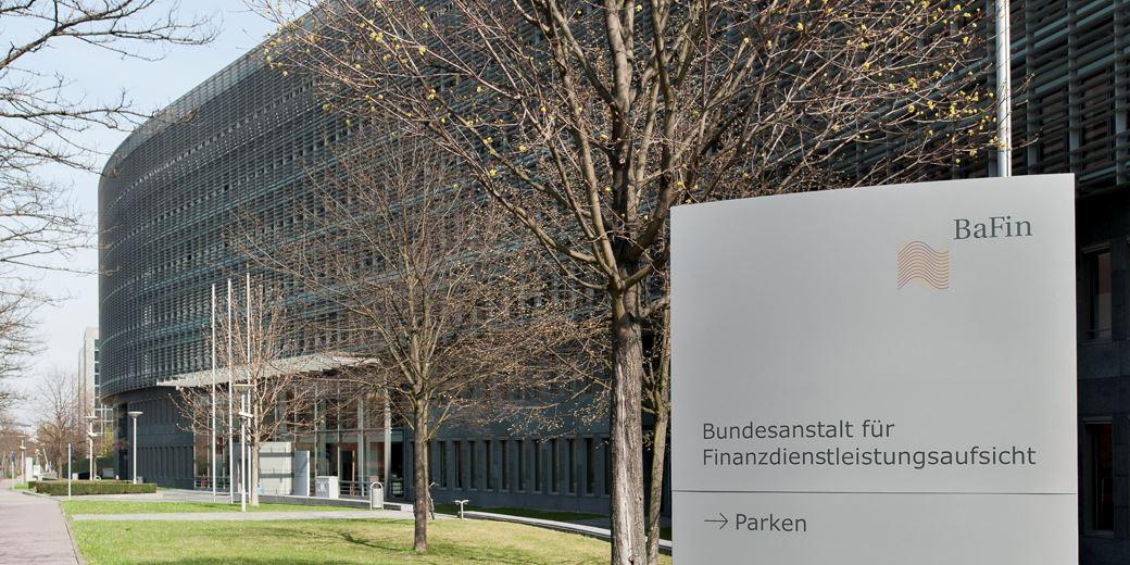 """Bafin setzt Verfahren gegen """"Effenberg-Bank"""" aus"""