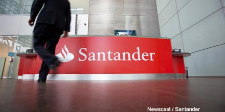 Santander hires Schroders bond manager