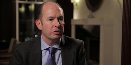 Mark Dowding: Die politische Risikoprämie wächst bis Europa die Belastungsgrenze erreicht