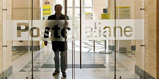 """Poste cerca un partner nel ramo danni e """"flirta"""" con Generali e Unipol"""