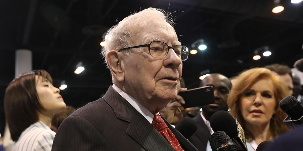 'Surprised' fund managers welcome Buffett to Japan