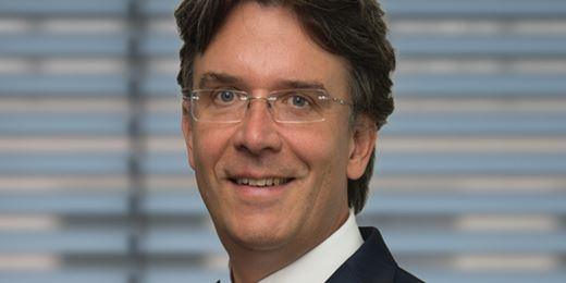 Frank Fischer senkt Aktienquote in Milliardenfonds auf niedrigsten Stand seit Monaten