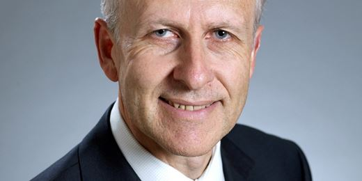 Fidelity's Ian Spreadbury to retire