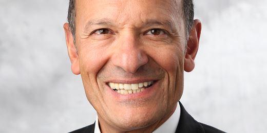 PIMCO startet Aktienfonds mit passiven Investments und aktivem Anleihe-Overlay