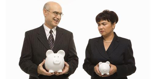 """FT: Il risparmio gestito è troppo """"maschile, per bianchi e stantio"""". Donne pagate il 40% in meno"""