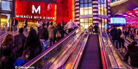FTSE rebounds as retail sales lift Wall Street