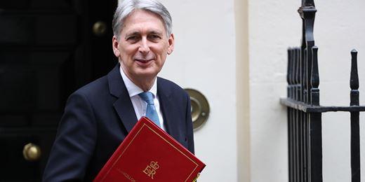 Hammond warns MPs: no economic quick fix for no-deal Brexit