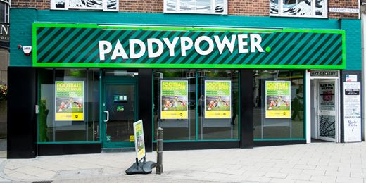 Paddy Power leads FTSE higher on US swoop