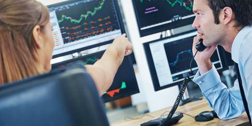 FTSE falls as investors' focus shifts from politics