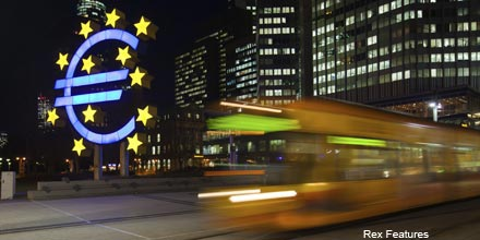 How would eurozone QE affect global bonds?