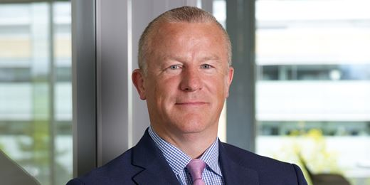 Neil Woodford's flagship Income fund hits £10bn